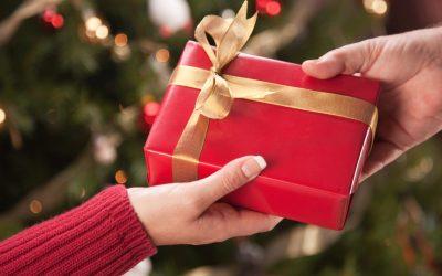 Cadeaux de Noël : joie de donner et simplicité de recevoir